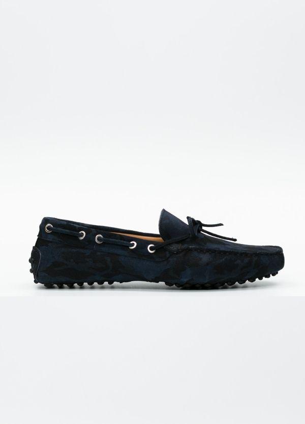 Zapato mocasín Sport color azul marino con estampado de camuflaje, 100% Piel.