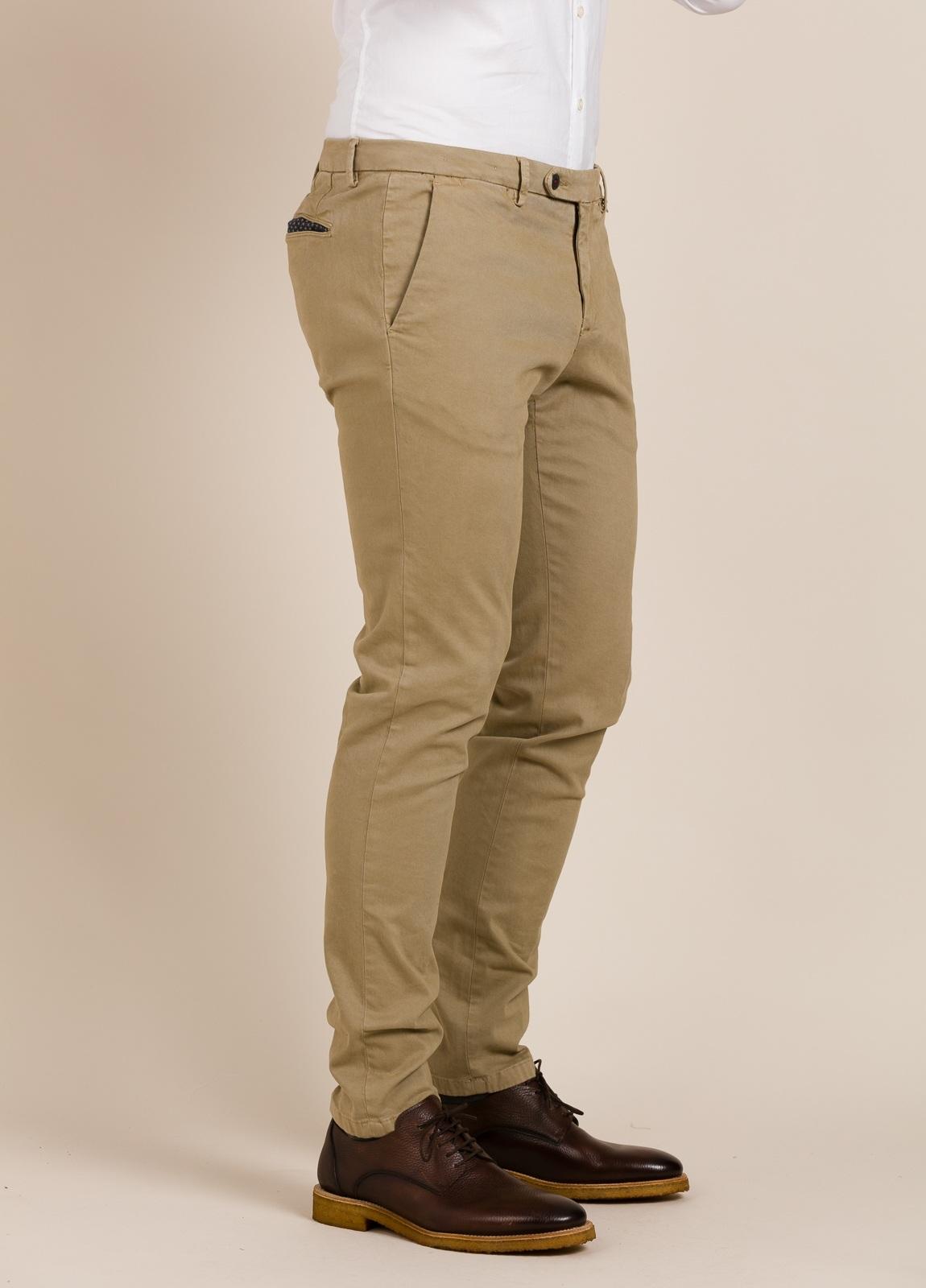 Pantalón chino PAOLONI beige. - Ítem2