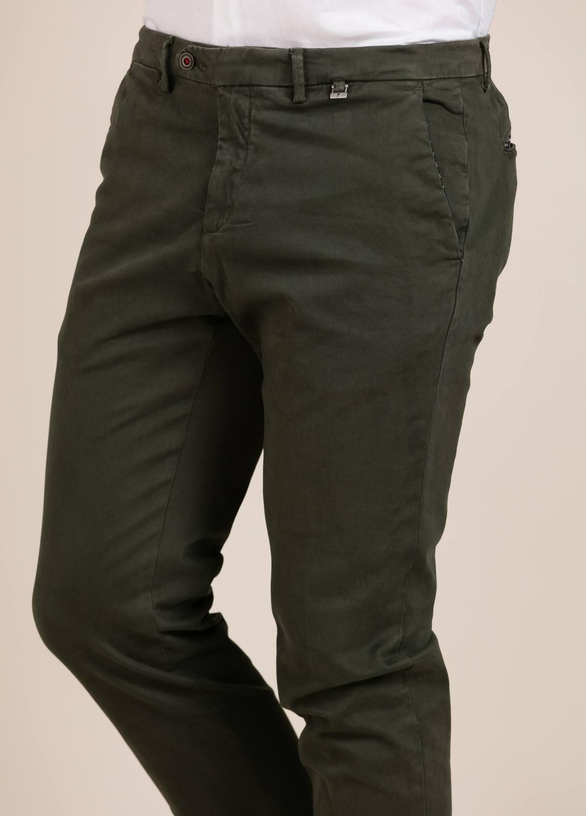 Pantalón chino PAOLONI verde kaki. - Ítem2