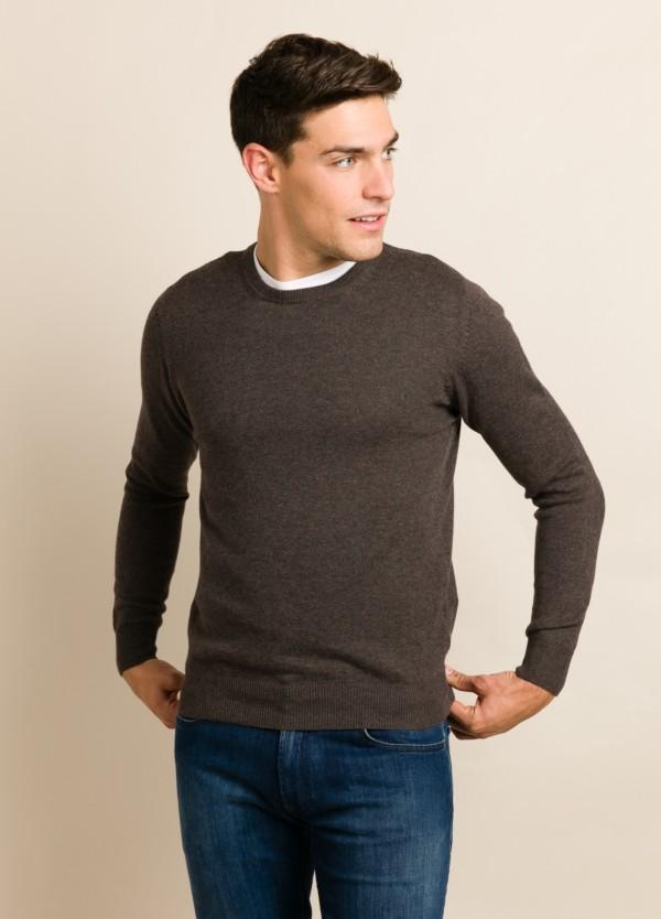 Jersey FUREST COLECCIÓN cuello redondo marrón