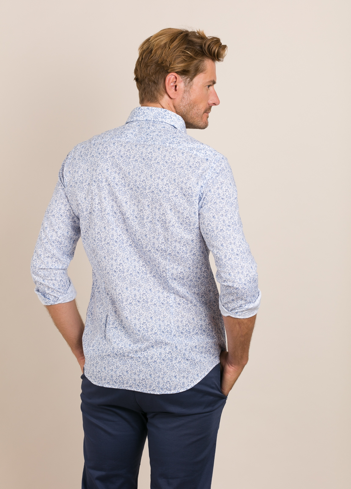 Camisa Casual Wear FUREST COLECCIÓN slim fit. - Ítem1