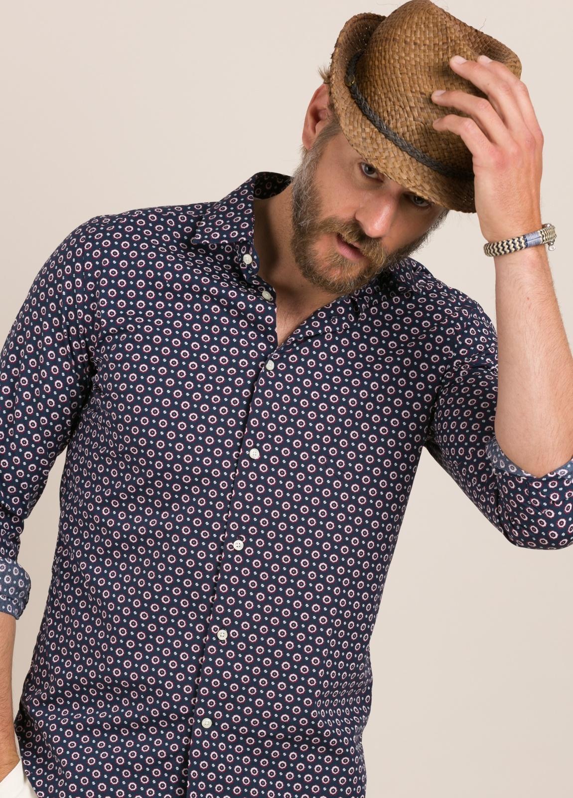Camisa Casual Wear FUREST COLECCIÓN slim fit dibujo geométrico - Ítem1