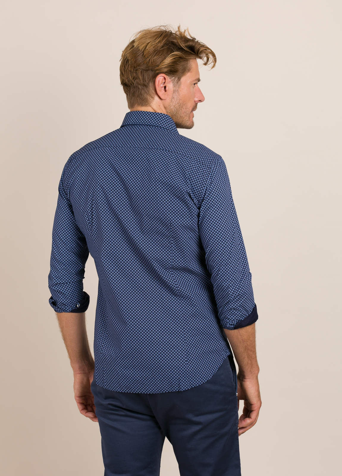 Camisa Casual Wear FUREST COLECCIÓN slim fit. - Ítem2
