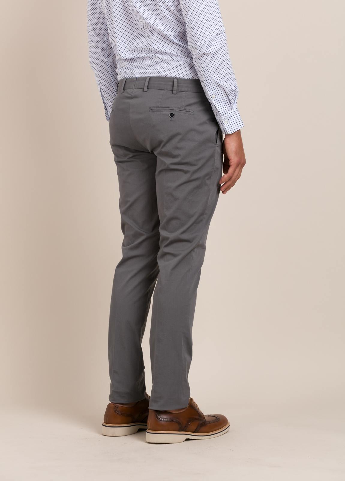 Pantalón chino FUREST COLECCIÓN Slim Fit gris - Ítem3