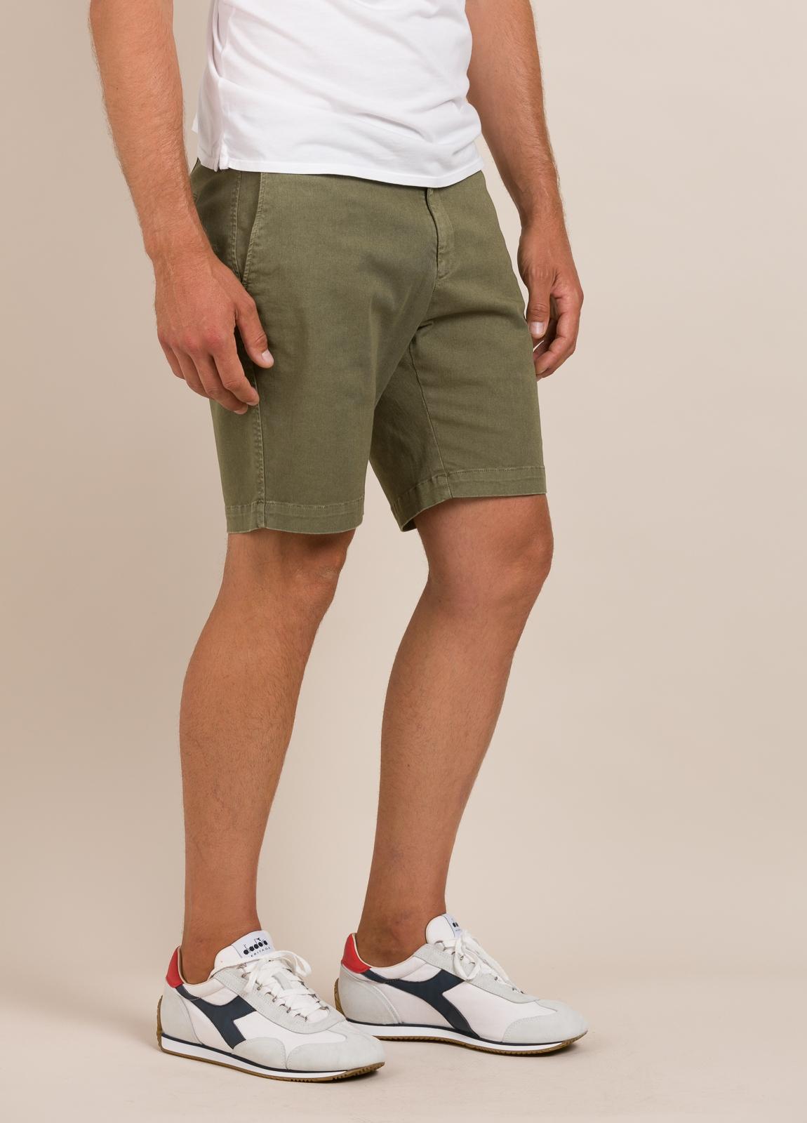 Bermuda modelo THOMAS color kaki, 100% Algodón. - Ítem4