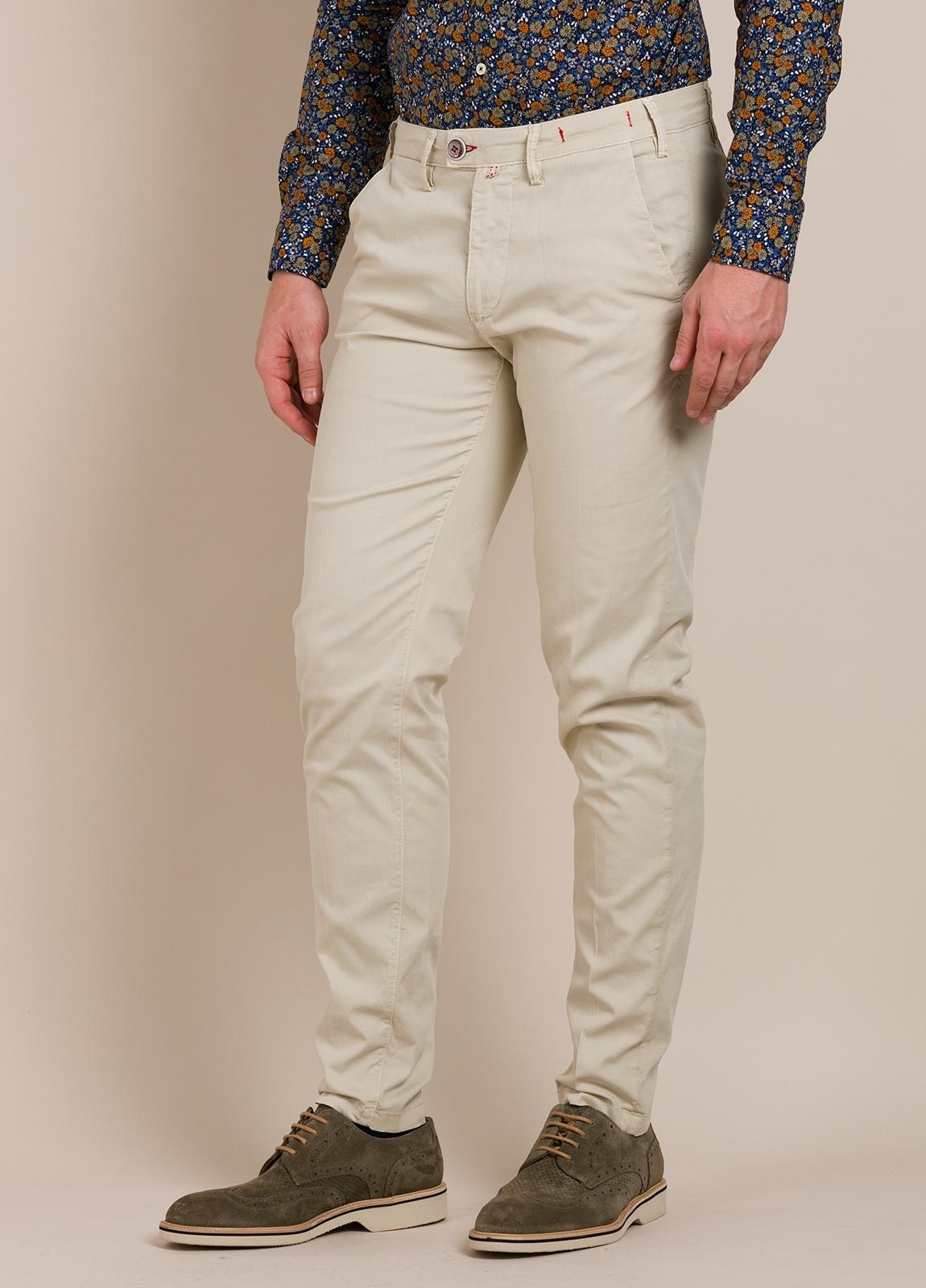 Pantalón chino BARONIO beige - Ítem1