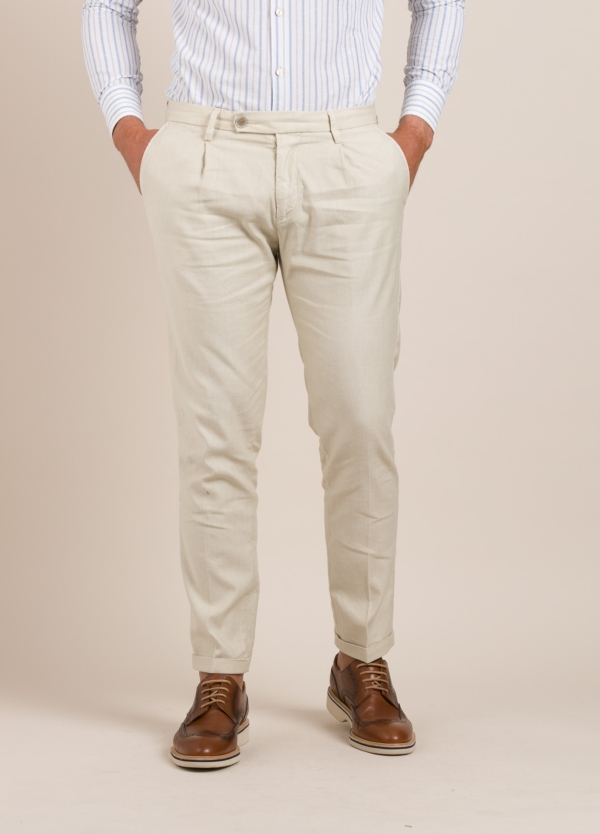 Pantalón sport RE-HASH slim fit beige