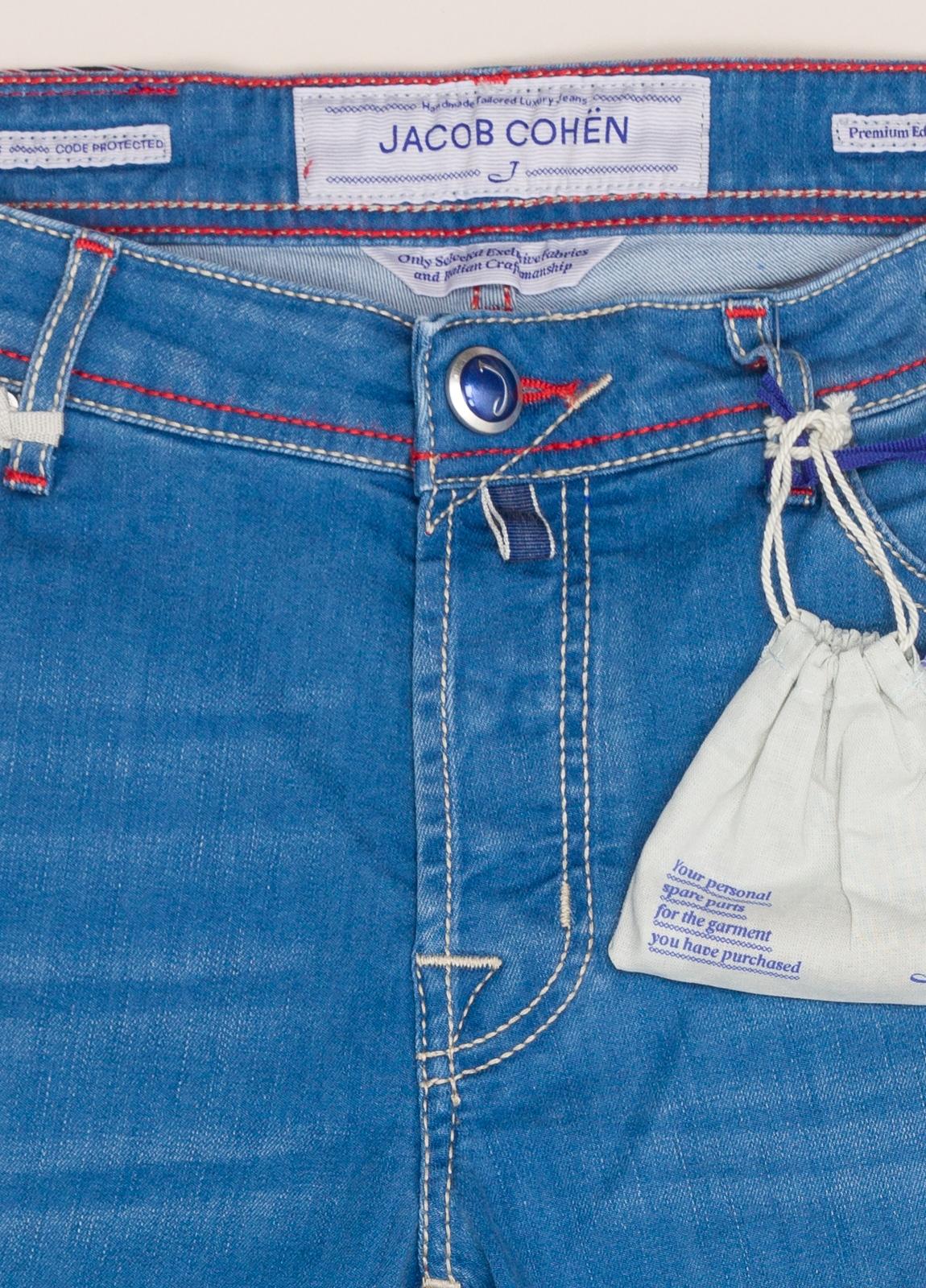 Pantalón tejano JACOB COHEN azul medio - Ítem1