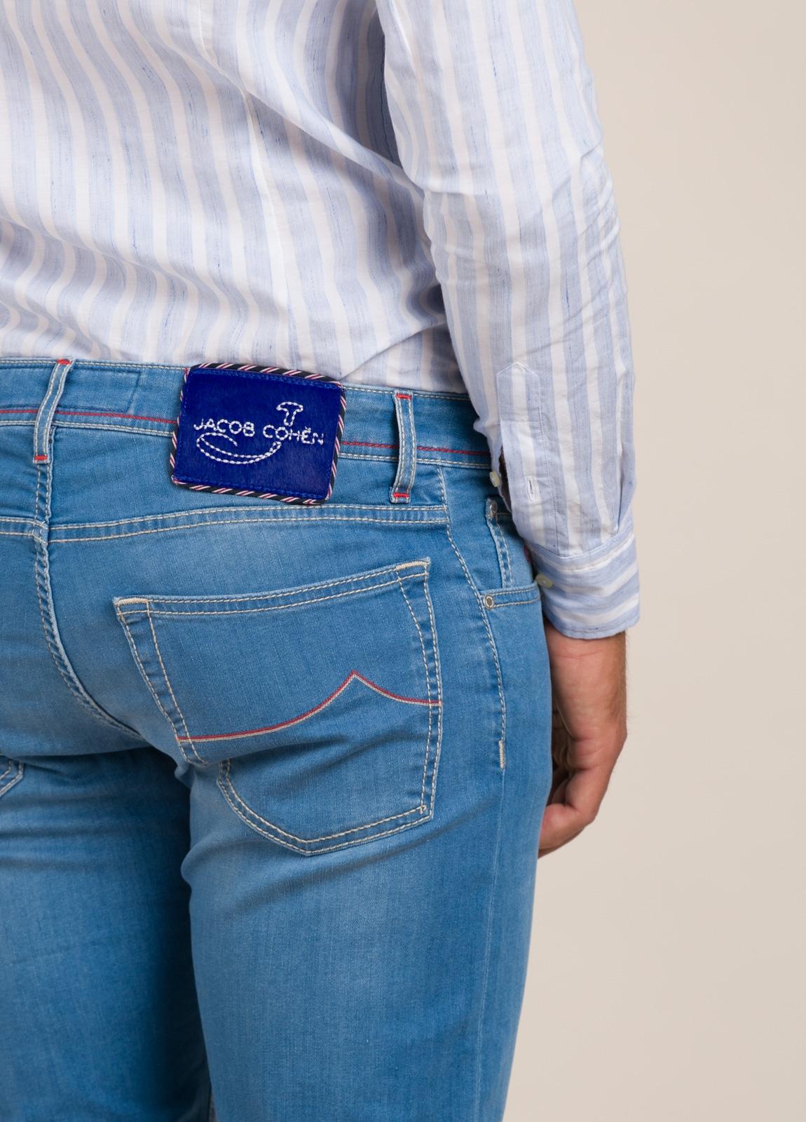 Pantalón tejano JACOB COHEN azul medio - Ítem5