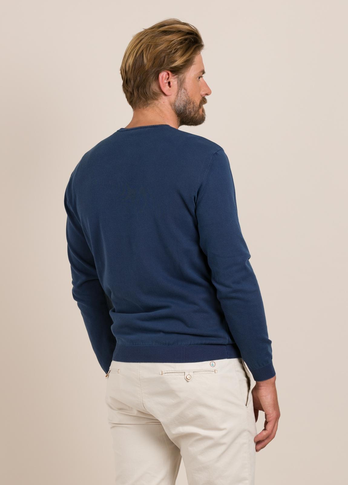 Jersey FUREST COLECCIÓN cuello pico azul - Ítem2