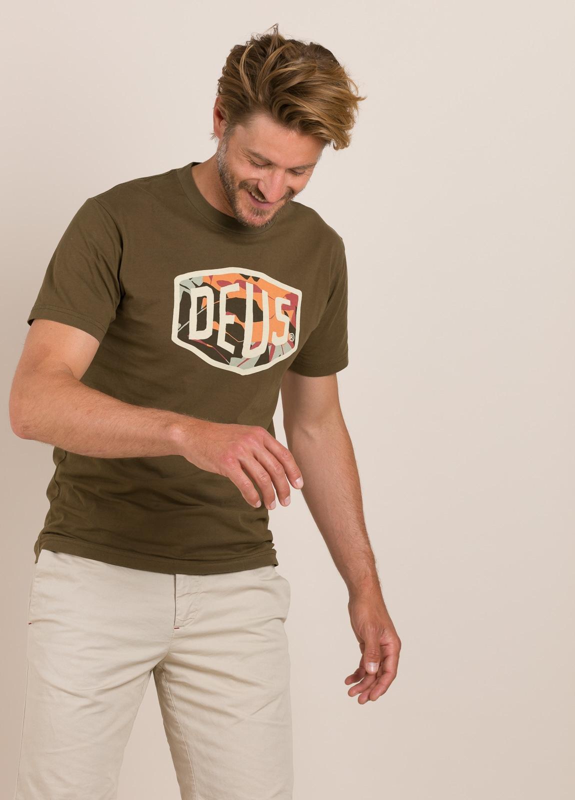 Camiseta DEUS kaki