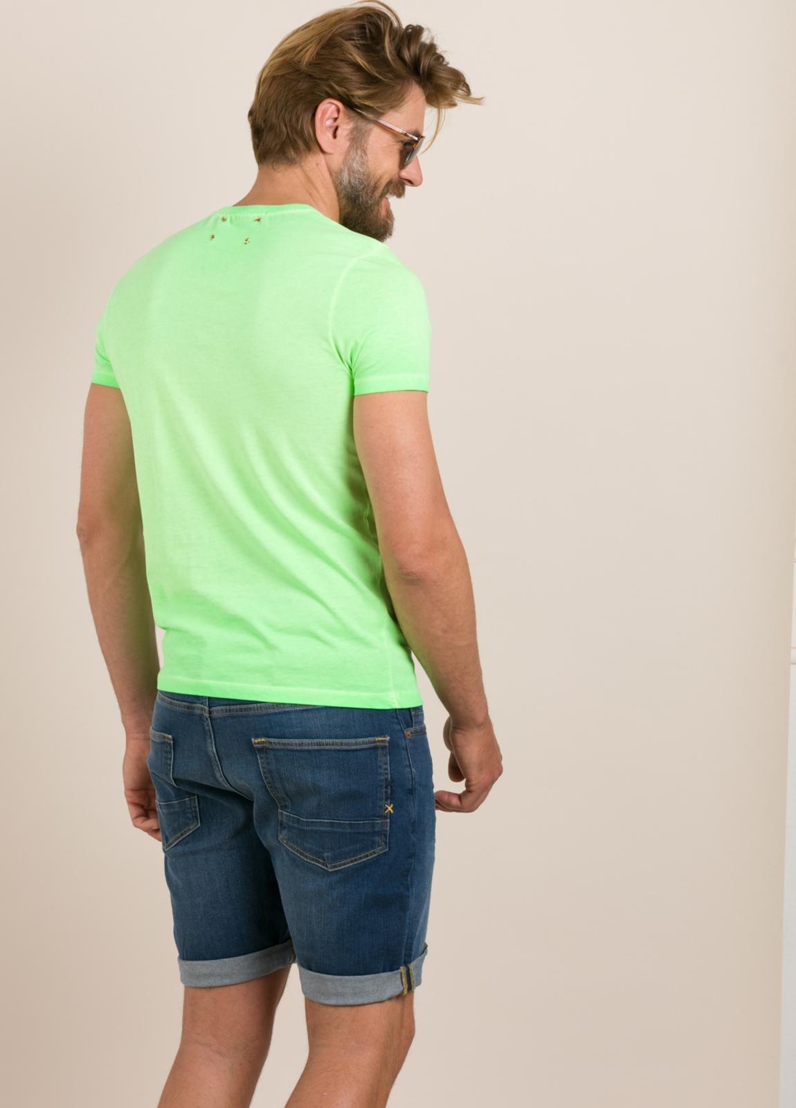 Camiseta TAKE A WAY dibujo vintage verde - Ítem1