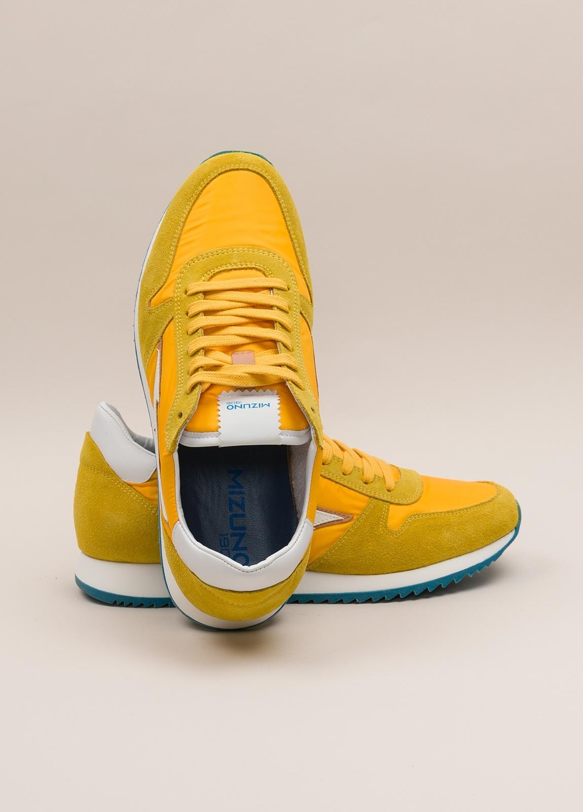 Sneakers MIZUNO amarillo - Ítem4