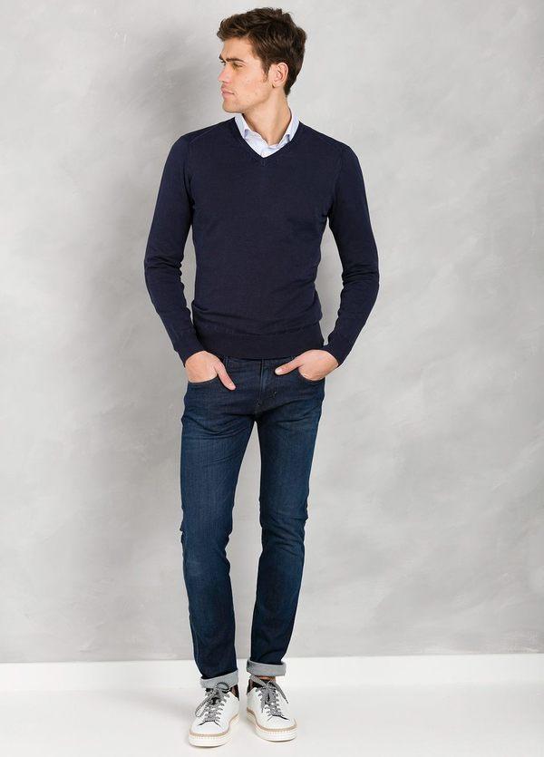Jersey cuello pico color azul marino con coderas, 100% Algodón.