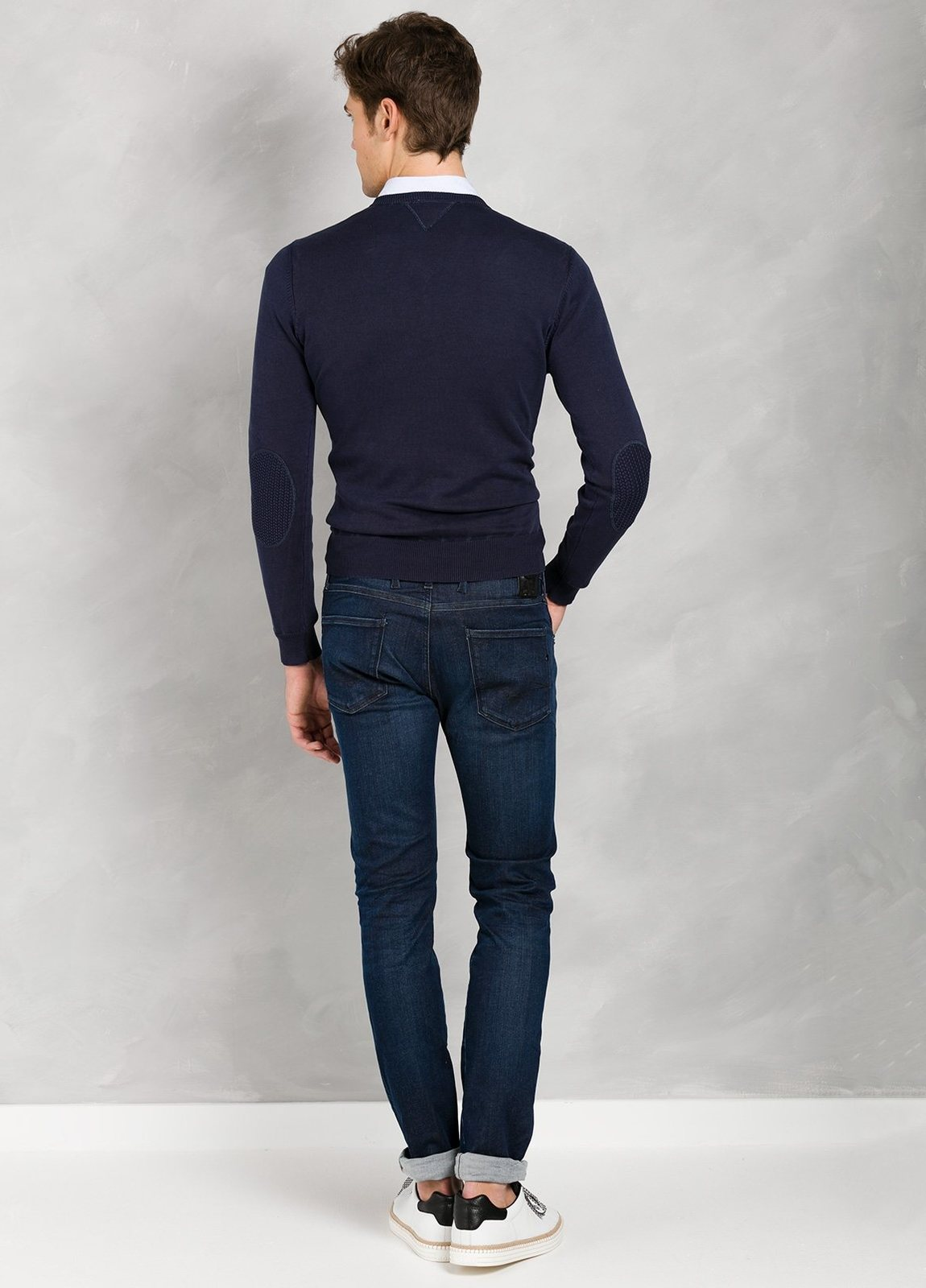 Jersey cuello pico color azul marino con coderas, 100% Algodón. - Ítem2