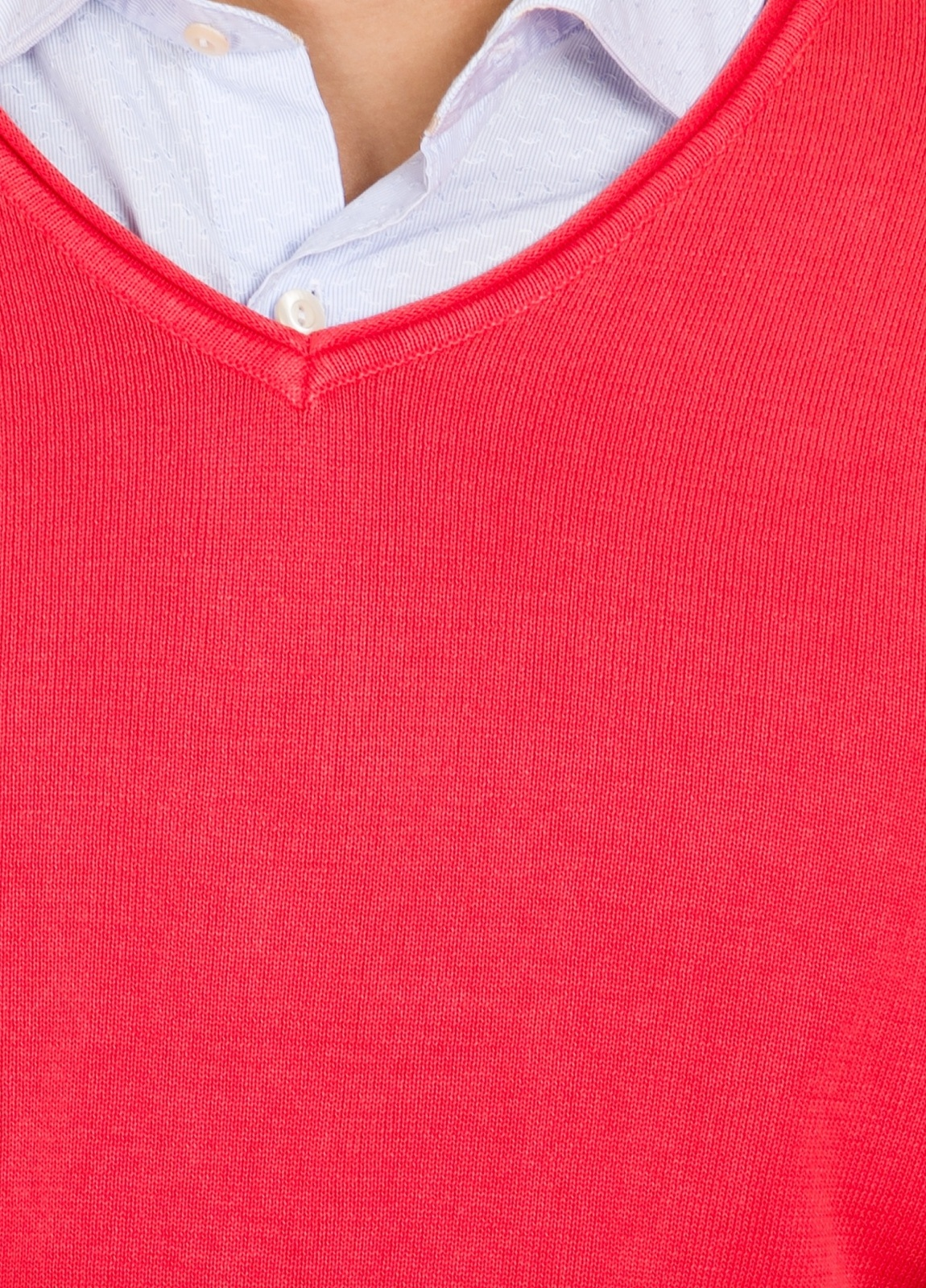 Jersey cuello pico color coral, 100% Algodón lavado. - Ítem2