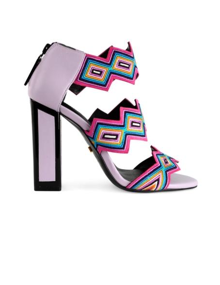 Sandalia de tacón alto cuadrado y cierre con cremallera modelo ALEXA color lila, piel y ante.