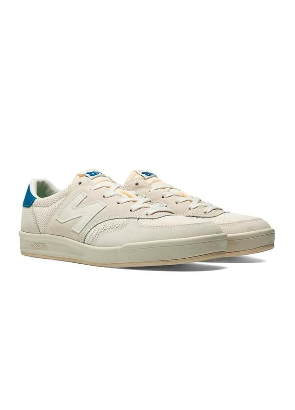 Sneaker CRT300 color blanco, piel, serraje y malla.
