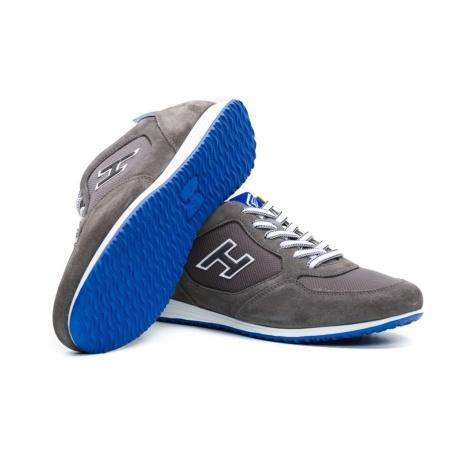 Calzado sport OLYMPIA color gris, combinación de serraje, loneta y apliques en piel. - Ítem1