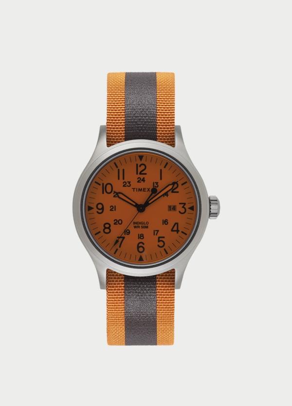 Caja Reloj Timex naranja. (La correa se vende por separado).