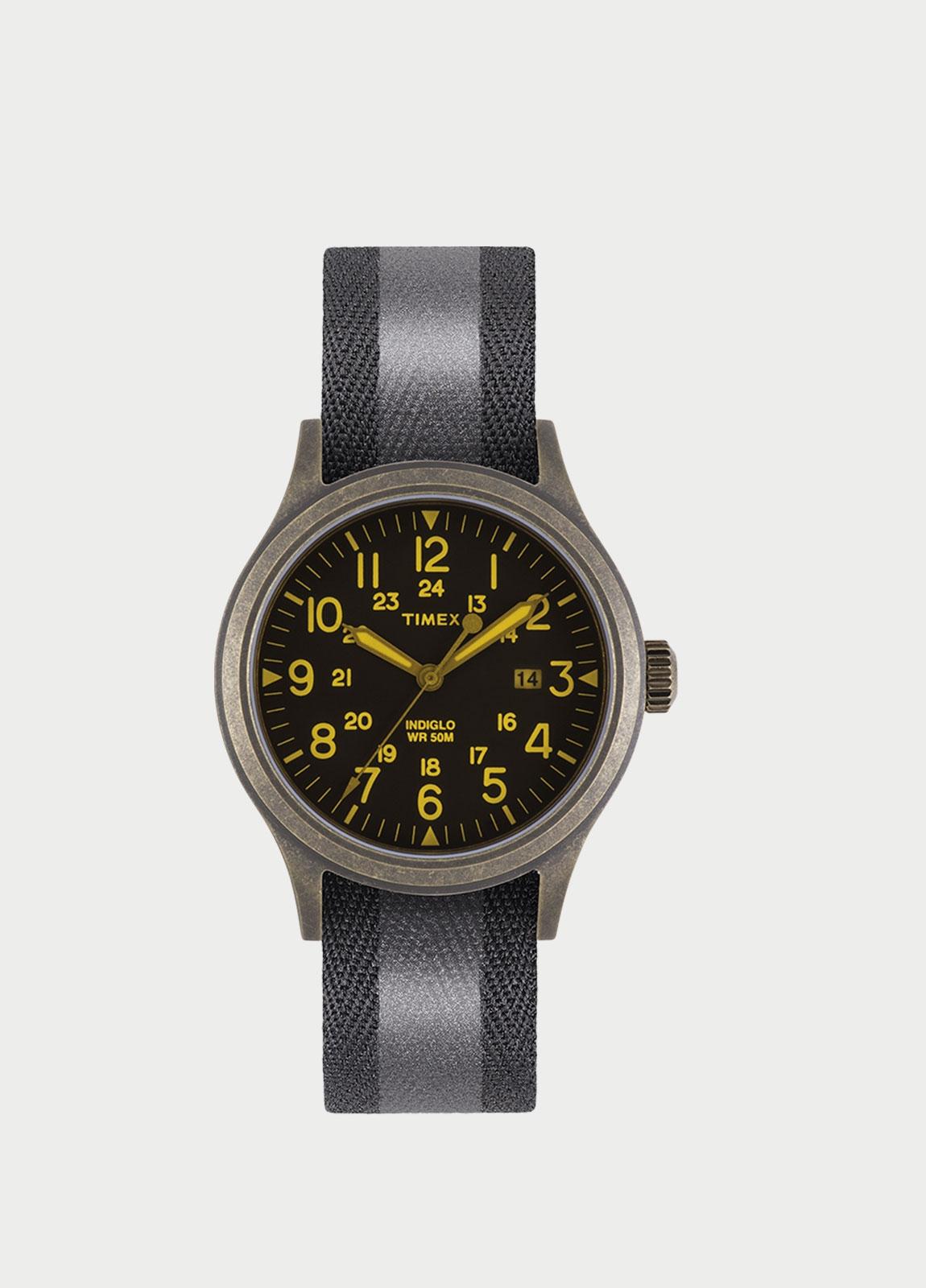 fa6b7cd99b33 Caja Reloj Timex negro. (La correa se vende por separado).