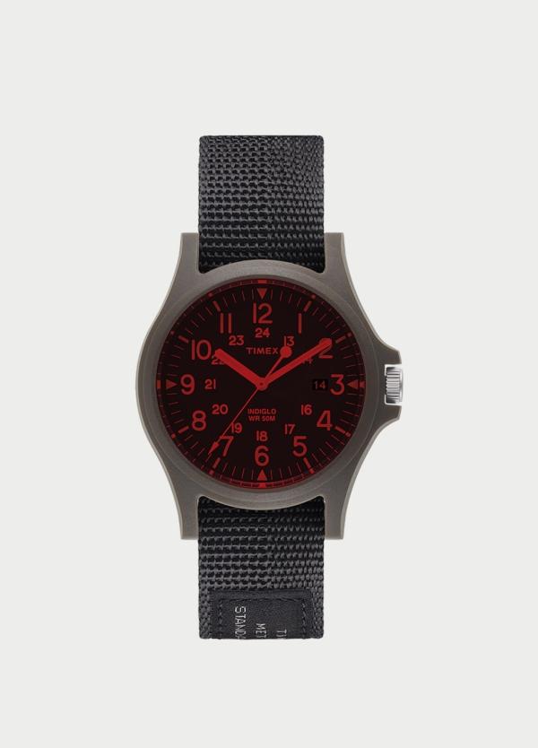 Caja Reloj Timex negro y rojo. (La correa se vende por separado).