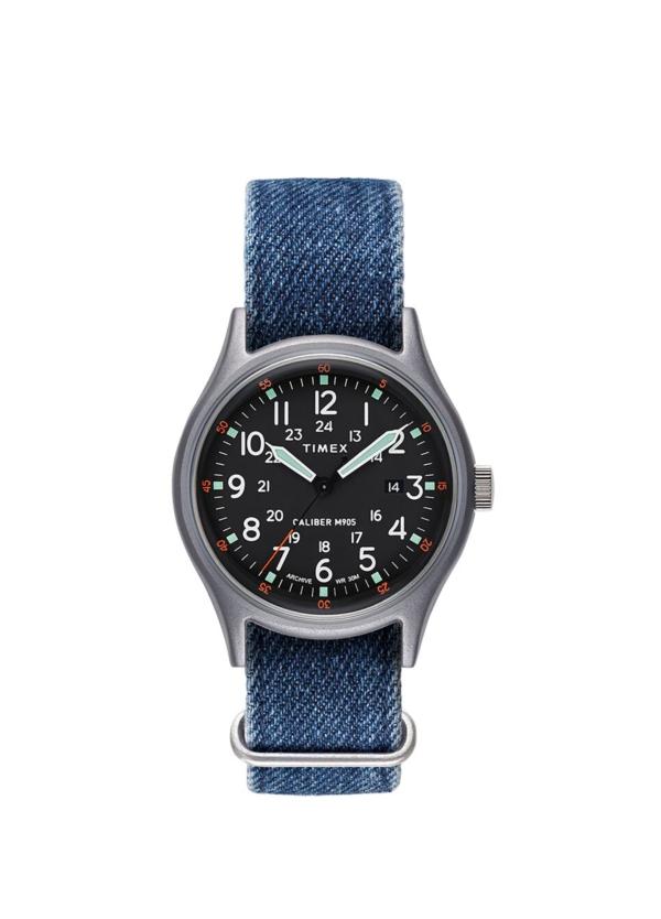 Reloj Timex azul.
