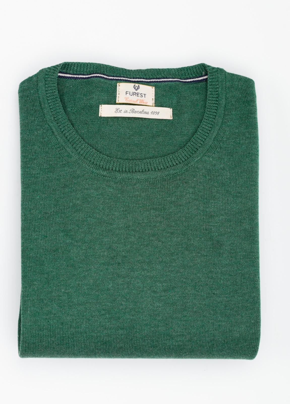 Jersey Casual Wear, SLIM FIT cuello redondo color verde, 100% algodón.