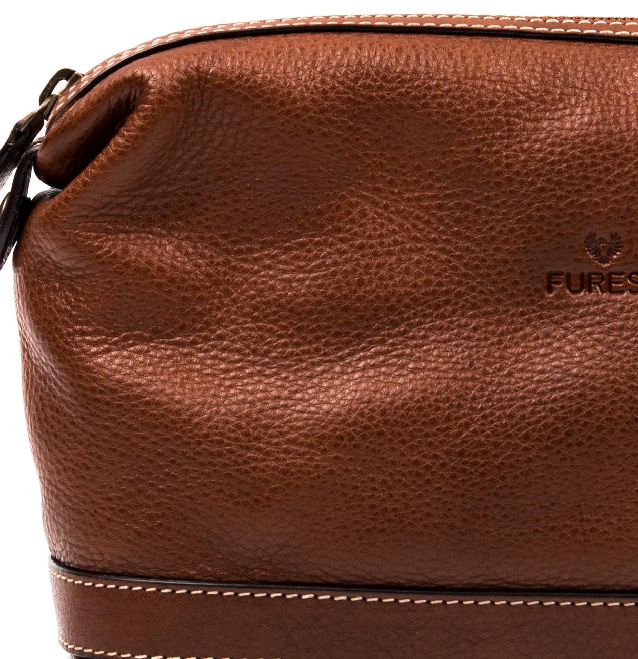 Neceser de piel color marrón, modelo TRAVIATA - Ítem2