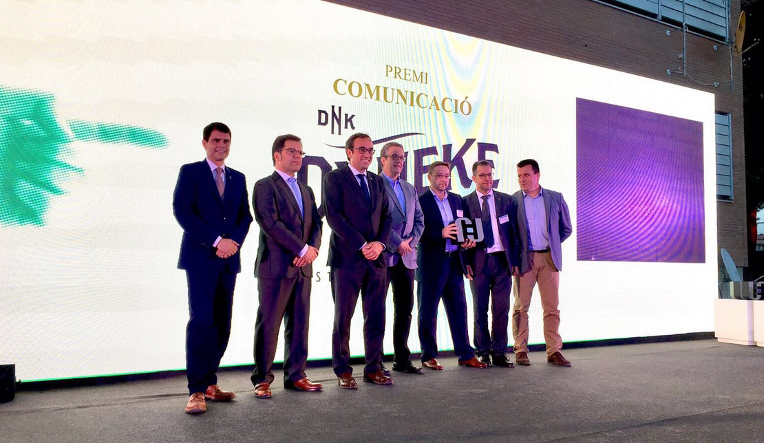Dyneke recibe un premio por su estrategia de comunicación