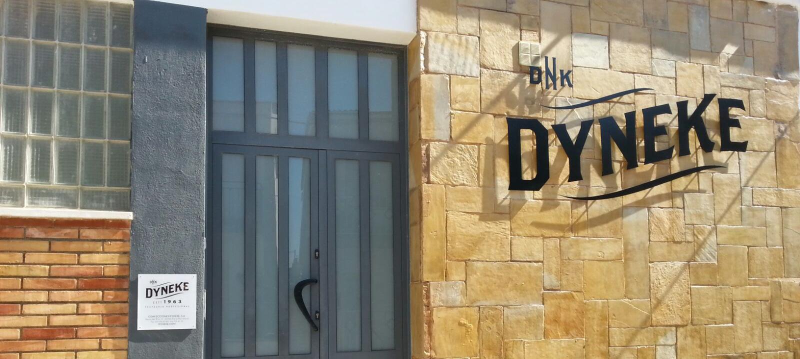 Dyneke renueva las instalaciones y la imagen corporativa