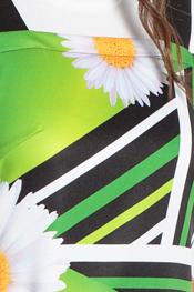 Daisy patterned stole