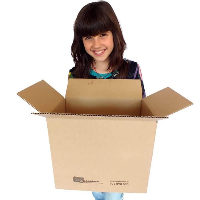 Cajas de cartón 310x220x270mm con logo CDC