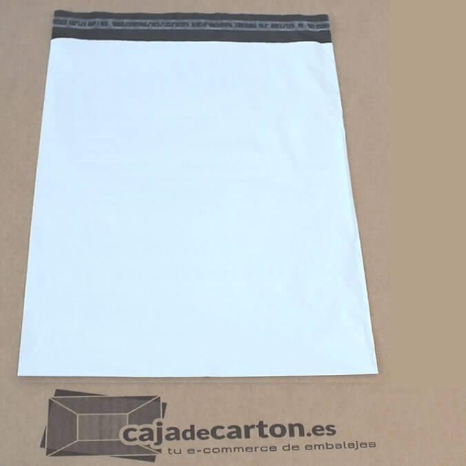 Sobres y bolsas de plástico para envíos de 240 x 350 + 50 mm.