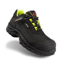 Zapato de seguridad tipo trekking outdoor con membrana 100% impermeable GORE-TEX®. Bota 100% Metal Free fabricada sin componentes metálicos, puntera de seguridad composite y plantilla antiperforación textil tipo KEVLAR