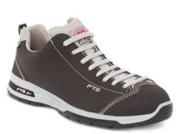 calzado laboral deportivo fabricadas en SAFETY-NUBUK. Dispone de una plantilla interior anatómica, antibacterial y antiestática SPORT-LITE. Este calzado monta una puntera de protección de no metálica y una plantilla de protección anti-perforación