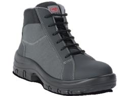 botas de seguridad con caña alta. Para la fabricación de este zapato se ha utilizado una microfibra negra. Su interior están fabricado en tela transpirable. Dispone de una plantilla interior antiestática y transpirable LIGHT & SOFT