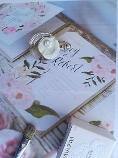 Perfumes bodas invitados Valentina+cajita+ tarjeta