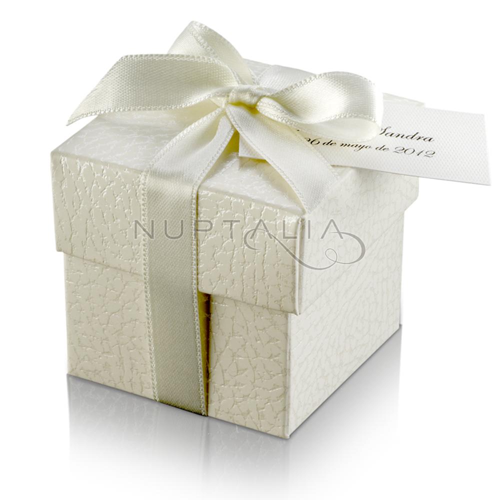 cajita cuadrada detalles de boda obsequios invitados cajitas envoltorios regalos relieve textura