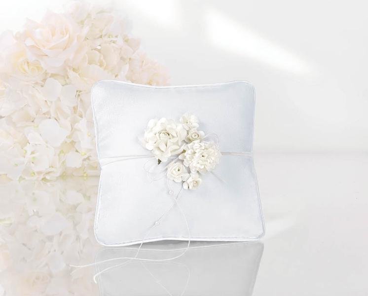 Cuscini Matrimonio Fedi.Cuscino Fedi Nuziali Sposi Matrimonio Porta Fedi Bianco Con Fiori