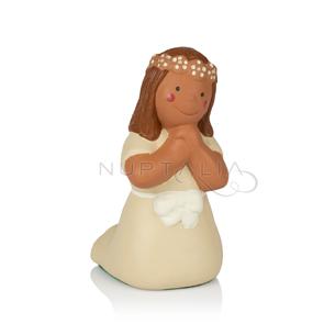 Figura pastel comunión niña de rodillas en terracota cake topper decoración comunión recordatorios