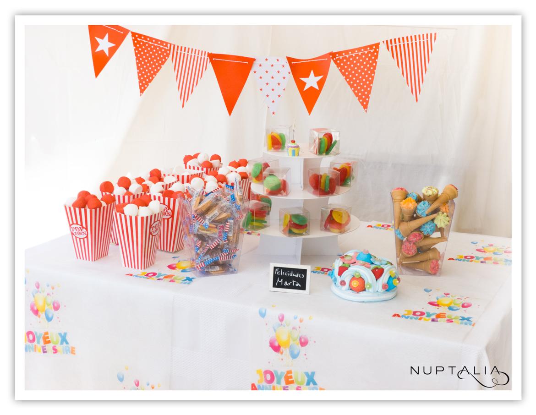 Mesa de chuches cumplea os happy birthday 25 personas for Ideas para mesas de chuches