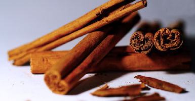 Essential Oil Cinnamon - Item1