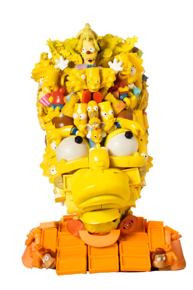 Esculturas 3D de famosos con juguetes reciclados