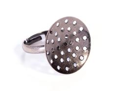 A12505 12505 Anillo metalico y ajustable con base circular con agujeros diam 20mm plateado envejecido para coser Innspiro