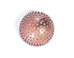 12721 A12721 Figura montaje metalica media bola con agujeros cobriza envejecida Innspiro