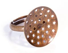 A12905 12905 Anillo metalico y ajustable con base circular con agujeros diam 20mm dorado envejecido para coser Innspiro