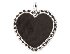 15-47 Colgante metalico corazon plateado Epiphany Crafts
