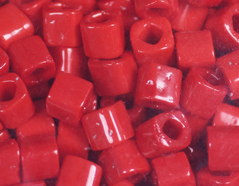 Z192045 192045 Cuentas japonesas cubo opaco granate Toho