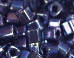 Z192088 192088 Cuentas japonesas cubo metalico azul lila Toho
